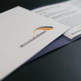 Faltkarten mit Prägung und Satzung für Einleger mit passendem Umschlag gefertigt durch Regionale Anbieter